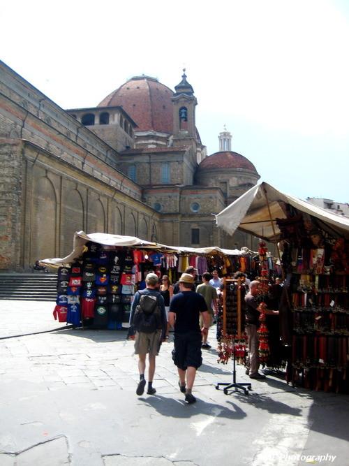 Markets at San Lorenzo.